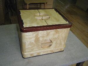 桐玉杢小箱